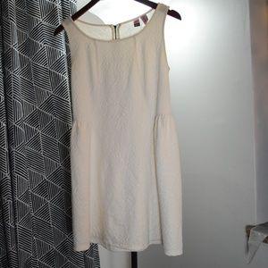 Love on a Hanger woman dress